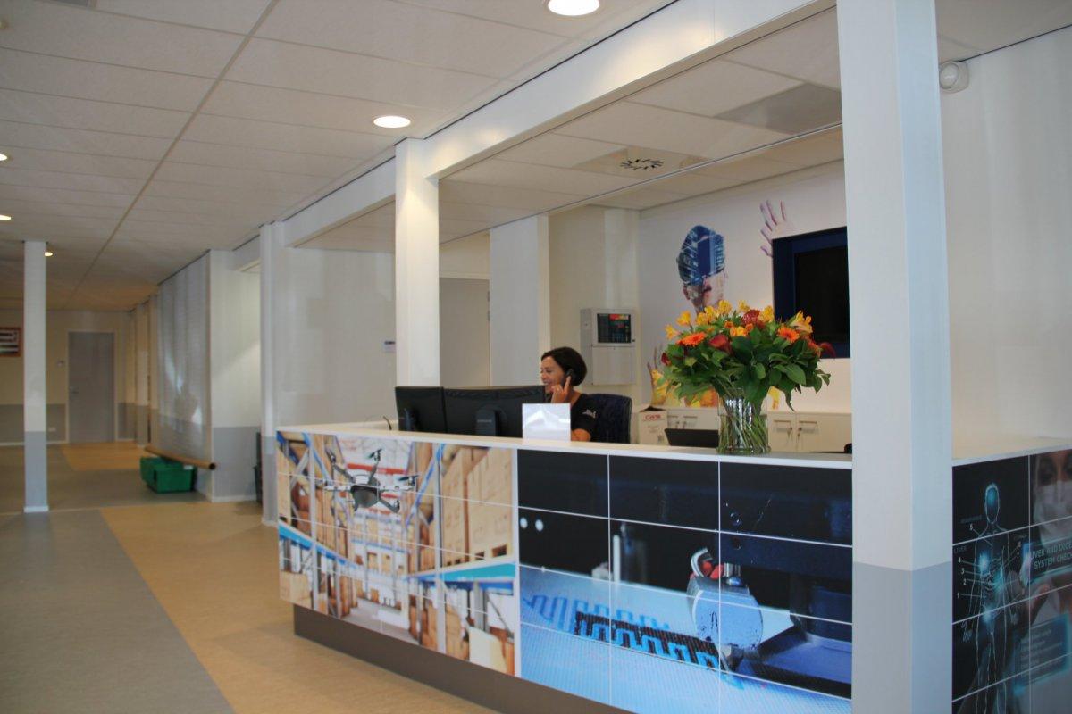 Kijkje in het ict college roc midden nederland for Interieur opleidingen hbo